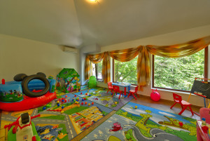 Хотел Балкан, Чифлик | Детски кът